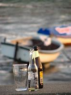 Boat and beer (pd)